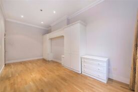 Very large 3 Bedroom, 2 Bathroom unfurnished Apartment in Hampstead £850.00pw Available NOW