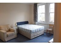 MA8 - WEST KENSINGTON - Spacious, Bright, Airy STUDIO Flat with Separate Kitchen & Shower Room - W14