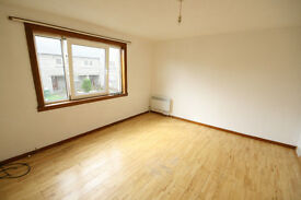 2 Bedroom Flat for Rent in Camelon, FK1 Very Spacious First Floor