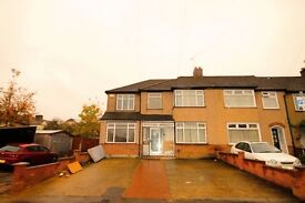 8 bedroom Semi Detached House to rent, Romford, RM1