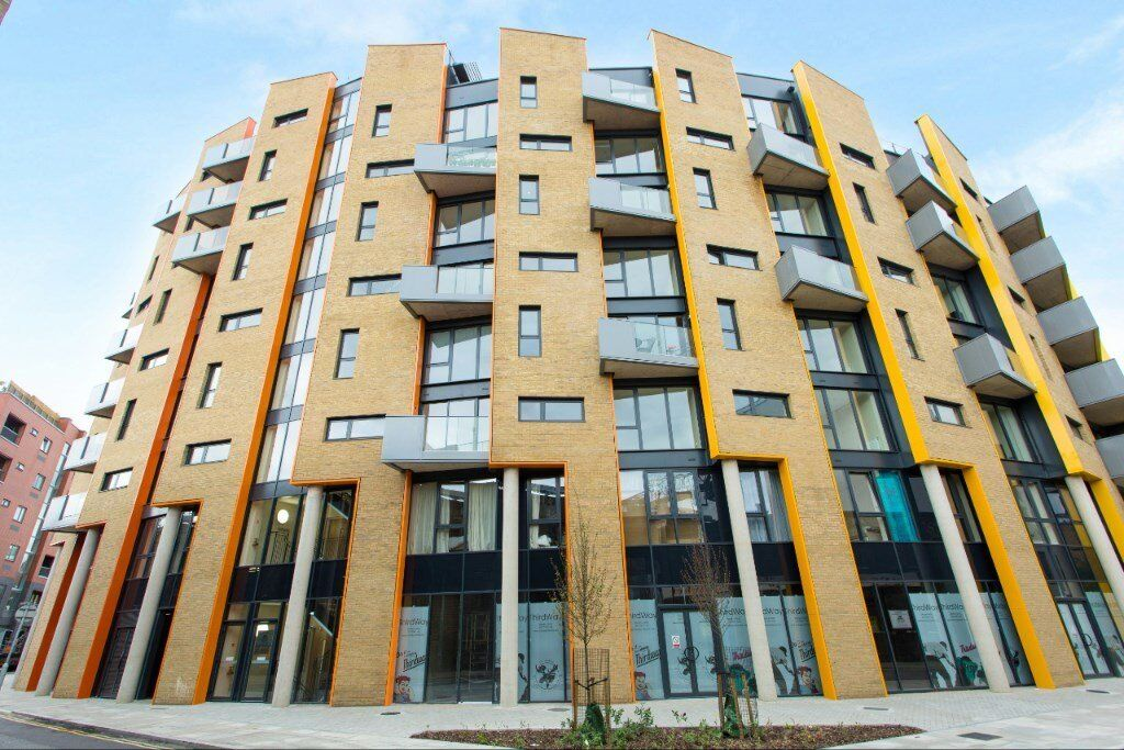 DESIGNER FURNISHED MODERN 1 BEDROOM APARTMENT BY TOWER BRIDGE BERMONDSEY AVAILABLE NOW! VACANT!