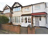 2 bedroom flat in Hamilton Road, Golders Green, NW11