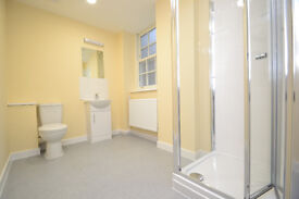 Studio in prime location on Foley Street, walking distance to transport links.