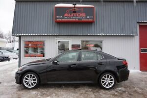 2011 Lexus IS 350 AWD CUIR TOIT GPS NAV CAMERA XÉNON