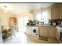 AMAZING 3 BEDROOM 2 BATHROOM HOUSE IN BARKING CLOSE TO THE STATION *PART DSS ACCPETED** £1550