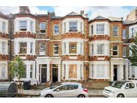 Large 2 double bedroom split level period conversion apartment minutes from Oval underground station