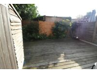 AMAZING 2 DOUBLE BEDROOM GROUND FLOOR GARDEN MAISONETTE WITH PRIVATE ENTRANCE BY ZONE 3 TUBE
