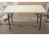 FOLDING PLASTIC TABLE FOR CATERING CAMPING MARKET PARTY BBQ GARDEN OFFICE
