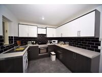 Spectacular 2 bed Town House in Colindale with separate dinning room