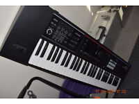 Roland Juno DS Synthesizer keyboard almost new