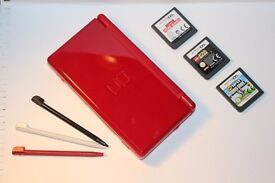 Nintendo DS lite, comes with 3 games: