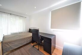 2 Bedrooms flat to rent