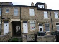 328 Girlington Road, Girlington, BRADFORD, West Yorkshire, BD8 9PA