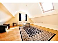 FURNISHED TWO BEDROOM FLAT WITH EASY ACCESS TO LONDON BRIDGE AND VICTORIA