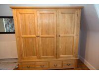 Solid Oak Triple Wardrobe With 4 Drawers
