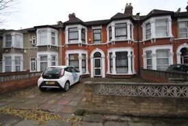 Spacious Five Bed Property To Rent - Call 07825214488 To Arrange A Viewing!
