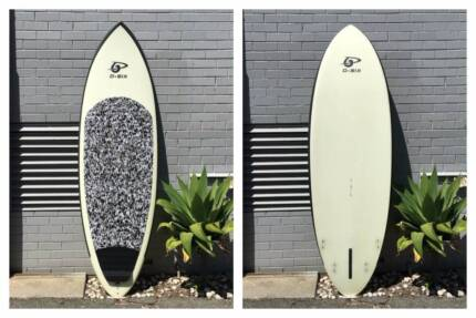 Deep Six 8'0 stand up paddle board - BRAND NEW SAVE $546
