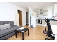 One Bedroom Bungalow With Shared Courtyard In Hornsey, N8 0QE, London