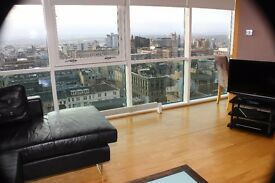 Modern open plan 1 Bedroom apartment Penthouse in the heart of Glasgow City Centre