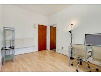 Gorgeous 1st Floor One Bedroom Apartment in Islington. Excellent Transport Links!