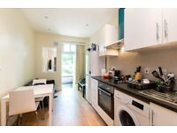 A refurbished one double bedroom apartment in a good location near tube and shops