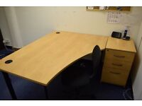 LARGE HIGH QUALITY OFFICE DESK AND SIDE DRAWER/FILE CABINET. + CHAIR