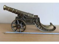 IN KINGS LYNN- LARGE, HEAVY, ORNATE VINTAGE SOLID BRASS CANNON