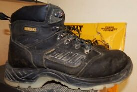 WORKWEAR CLEARANCE-USED CLOTHING AND SAFETY BOOTS-DEWALT-SITE-LOWEST PRICES AROUND-WORKWEAR