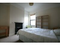 Bargain! A Lovely 3 bed Flat in a quiet part of Peckham