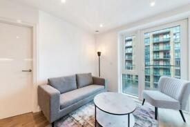 1 bedroom flat in Discovery House, Battersea Reach, Wandsworth SW18