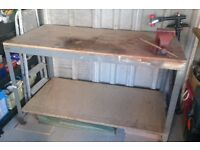 Steel fully welded construction Heavy duty workbench with Record No5 Vice