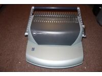 GBC CombBlind C110 Binding machine - Excellent condition, hardly used