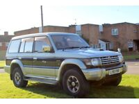 Mitsubishi Pajero/Shogun 2.8 diesel automatic, Long Mot, Taxed, 7 seater, tow bar, drives well