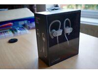 BRAND NEW & SEALED Powerbeats 2 Wireless Headphones (White) £110 ONO ( RRP £169.95)