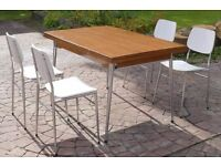 Retro 1960 Table and 4 chairs
