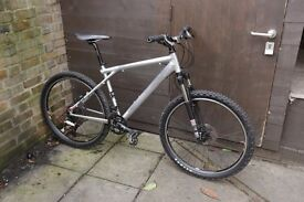 Mountain bike GT front suspension ROCKSHOX disc brakes LIGHTWEIGHT
