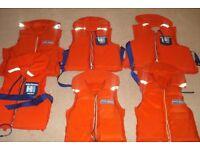 b293389aaea0 6 X Helly Hansen Bouyancy Aid Life Jackets