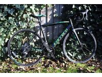 2017 CARRERA VANQUISH ROAD BIKE BLACK AND GREEN ONLY RIDDEN TWICE £275 OR BEST OFFER