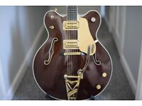 Gretsch 6122 Chet Atkins Country Gentleman in Walnut Stain (with case)