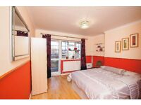 #WOOOWWW #KING SIZE BED #EXTRA EXTRA LARGE DOUBLE ROOM #E1