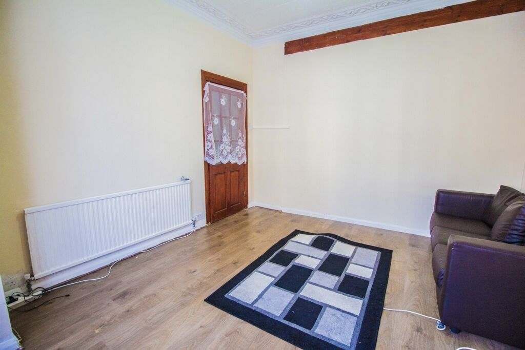 4 bedroom house in Heigham Road, East Ham, E6