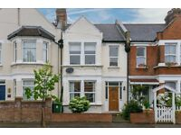 Lovely Unfurnished 3 bedroom Family home set in the quiet residential Adela Avenue in New Malden.