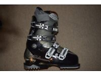 SKI BOOTS size 5 women - Salomon Divine RS 8 great condition! New insoles