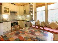 SHORT TERM LET: (Ref: 170) Sciennes House Place. 1 bedroom large studio near Edinburgh University.
