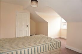 2 Bedroom Terrace house Harehills LS8 close to Leeds City centre and St James Hospital