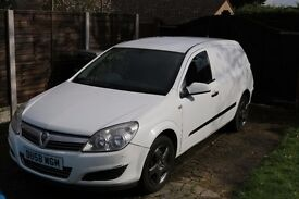 WHITE ASTRA VAN 1.3 TDI FOR SALE - PERFECT FOR ANY TRADESMAN OR START UP