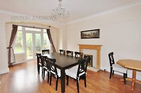 5 bedroom house in Claremont Road, Ealing, W13