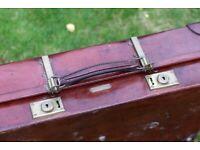 Vintage suitcase, Revelation model