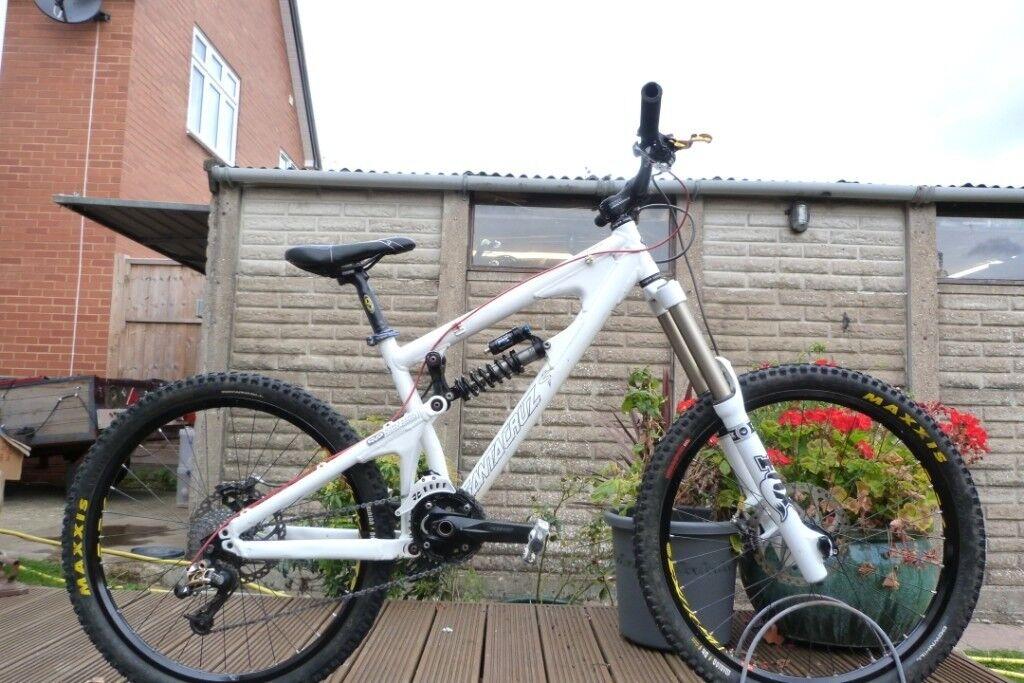 Trek remedy 8 2018 enduro mountain bike for sale NOT santa