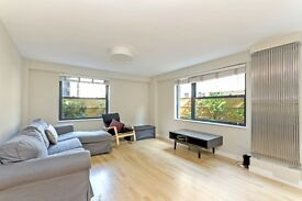 *NEWLY RENOVATED 3 BED FLAT MINUTES AWAY FROM HOLBORN TUBE STATION*